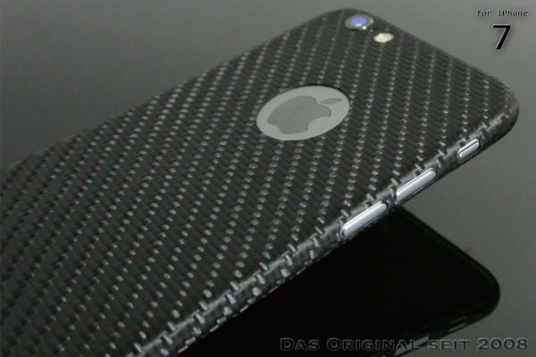 Carbon Cover iPhone 7 mit Logo Window